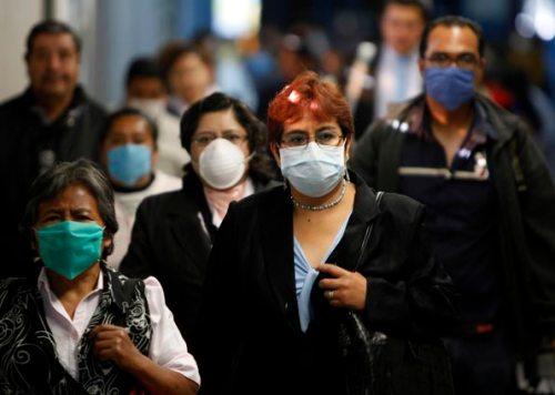 pessoas-andando-gripe-suina1